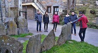 (Español) Puebla de Sanabria recupera las rutas turísticas basadas en el patrimonio rural y en los oficios tradicionales